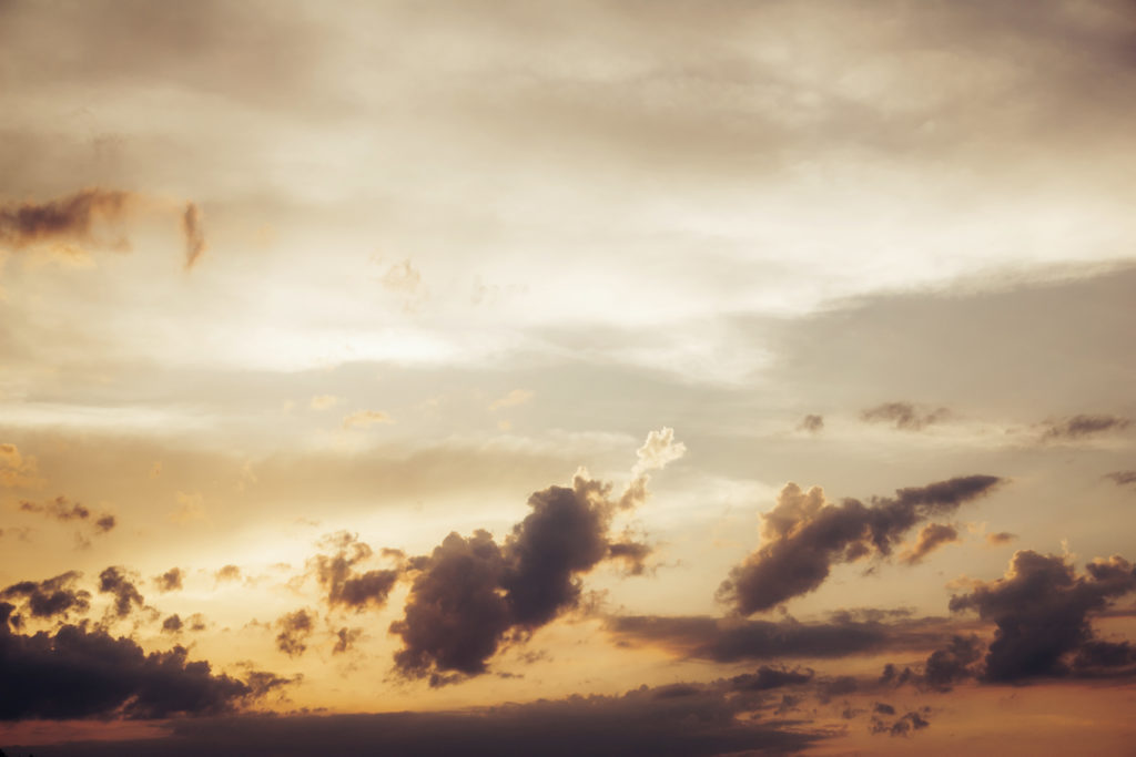 clouds-and-sun-during-sunset-4823233